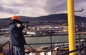 Filming 100ft up on Goliath crane, Belfast, N. Ireland: DLÓ width=150 border=2></a></td>  <td align=center> <a href=